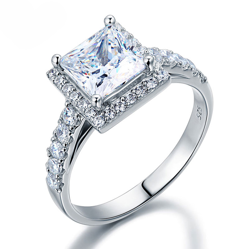 Solitaire With Accents Round Cut 0.8 Carat Engagement Ring (2)